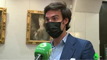 """Hablan los rehenes del atraco en una joyería de Madrid: """"Me lanzó una mochila y me dijo que se la llenara de joyas"""""""