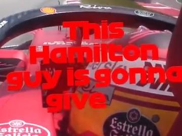 Carlos Sainz, por radio en el GP de España