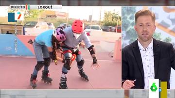 """El mal rato de un reportero de la televisión murciana intentando patinar que acaba en el suelo: """"No soy capaz"""""""