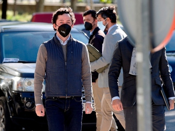 Francisco Nicolás Gómez Iglesias, conocido como el pequeño Nicolás, llega a la Audiencia Provincial de Madrid