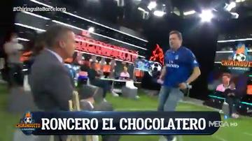 Roncero baila el Paquito el Chocolatero en la cara de Soria tras el pinchazo del Barça